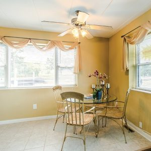 Atlantic Manor Apartments for Rent in Manasquan, NJ Dining room